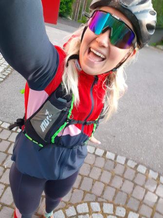 Hyvä hiihtotakki sopii myös pyöräilyyn kylmemmillä keleillä